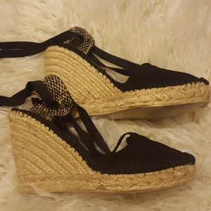 MIA cloth wedge